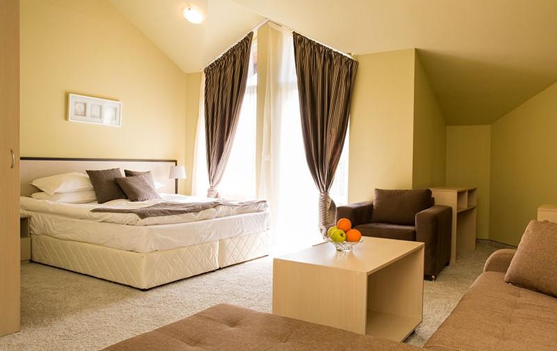 Хотел Seven Seasons & SPA